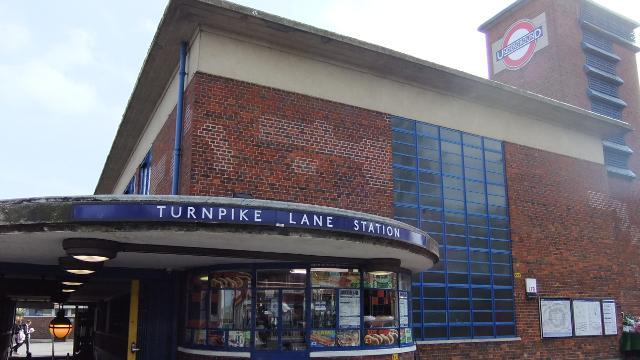 turnpike lane underground station getting around london. Black Bedroom Furniture Sets. Home Design Ideas