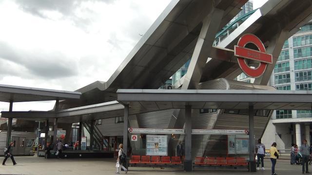Vauxhall Bus Station Bus Station Visitlondon Com