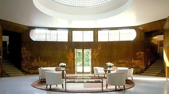 English Heritage Eltham Palace Visitlondon Com