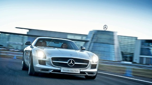 Mercedes Benz World What 39 S On
