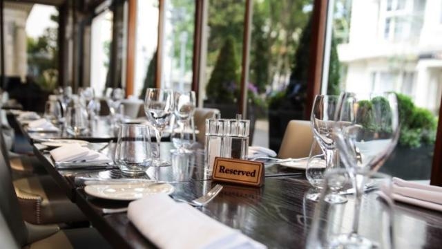 The terrace restaurant at the blakemore hyde park hotel for Terrace bar and food