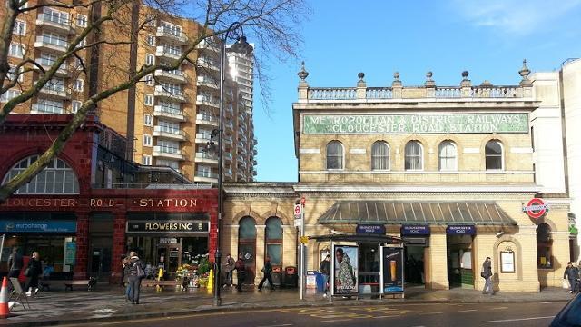 Gloucester Road Underground Station Spostarsi A Londra