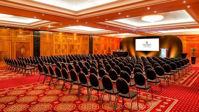 copthorne tara hotel london kensington official london convention bureau. Black Bedroom Furniture Sets. Home Design Ideas