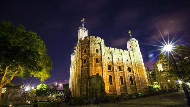 Hm Tower Of London Sightseeing Visitlondon Com