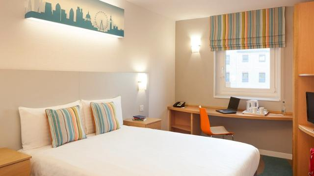 Excel London Hotel  Bed Bedroom