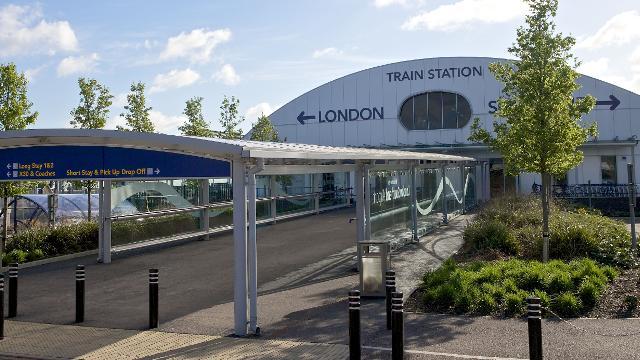 London Southend Airport Trasporti Per Londra