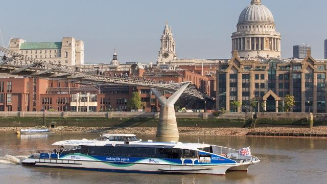 MBNA Thames Clippers - Sightseeing - visitlondon.com