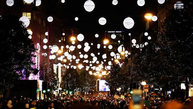 Oxford Street Christmas Lights Switch On - Things to Do - visitlondon ...