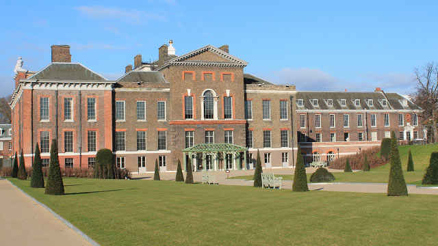 Front of Kensington Palace and its gardens