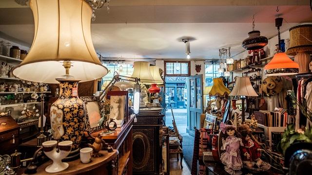 This Shop Rocks antique store