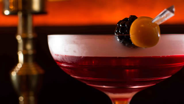 Tour Regent Street's best cocktail bars and enjoy bespoke drinks and ...