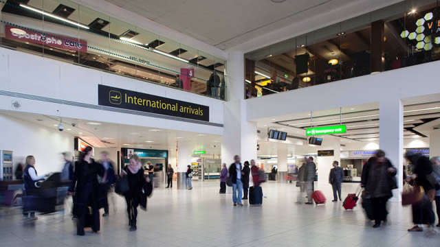 London gatwick airport traveller information - Gatwick airport bureau de change ...