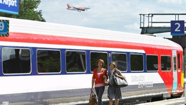 train times farringdon gatwick airport