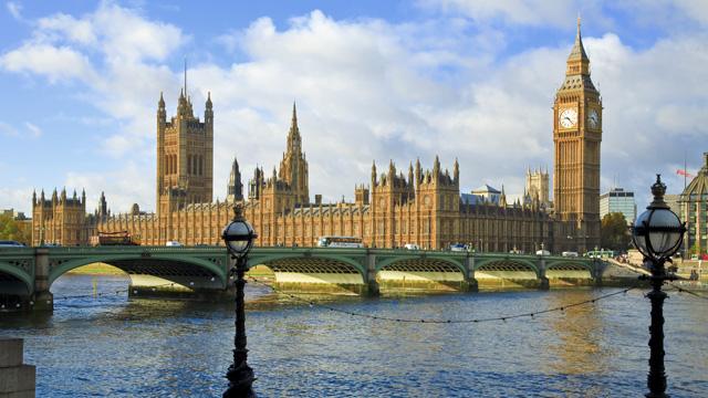 87517 640x360 parliament 640  Londons Top 10 Photo Spots
