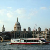 Lunch-Cruise-on-the-River-Thames