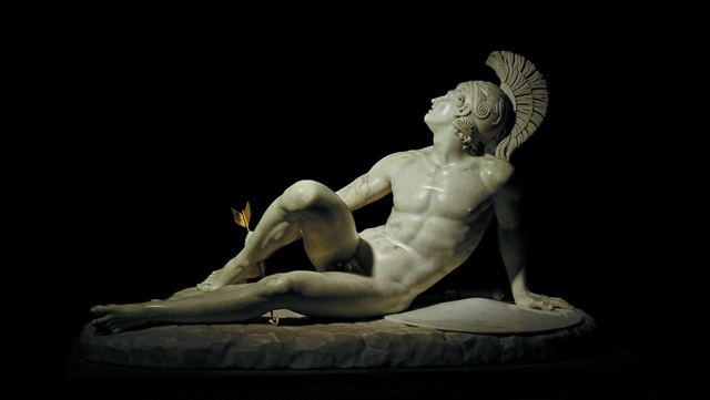 Filippo Albacini (1777–1858), The Wounded Achilles. Marble, 1825. As seen on display at the British Museum's Troy exhibition