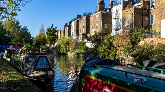 Houses by the Regent's Canal.