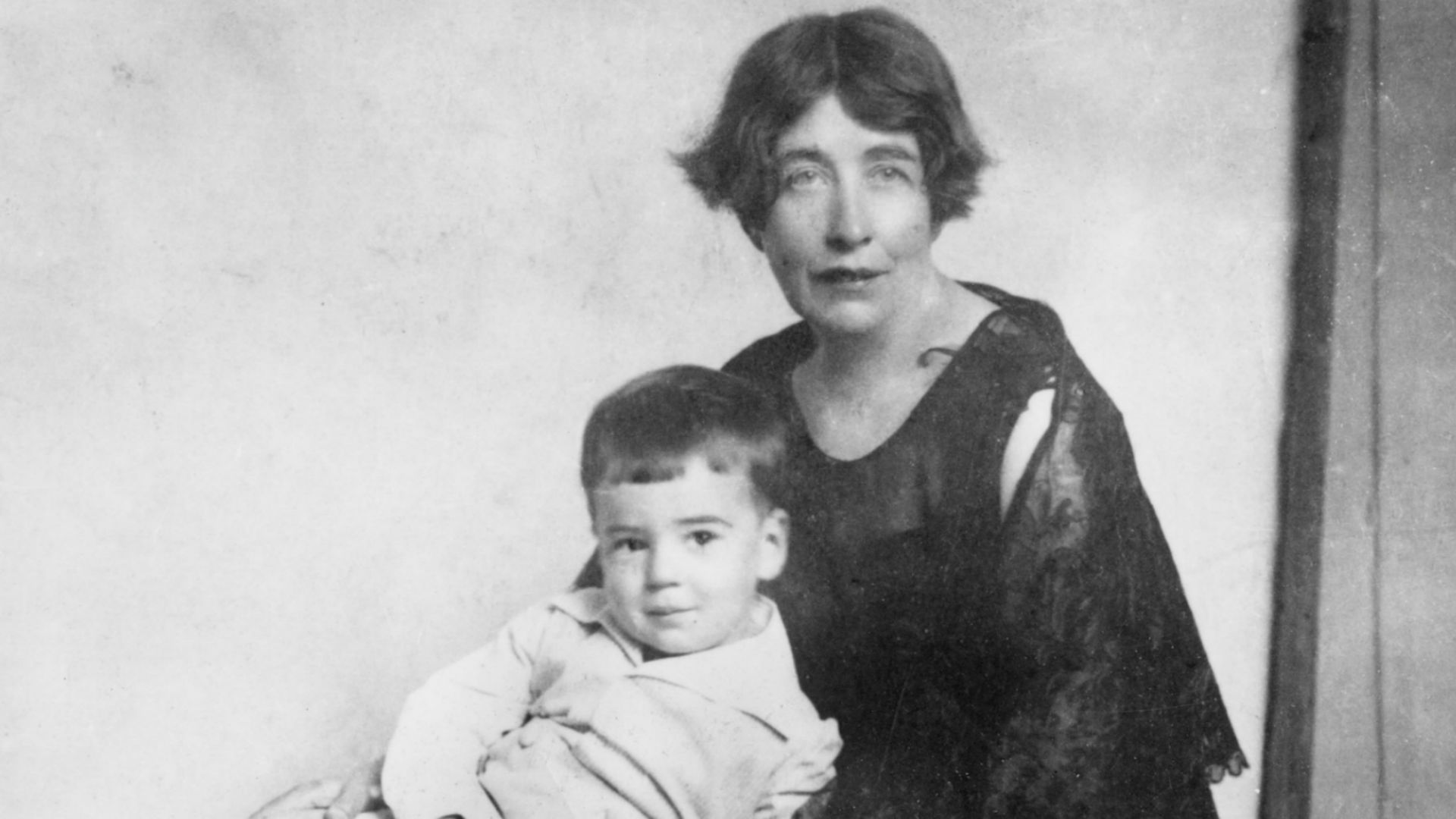 Photograph of Sylvia Pankhurst with a small child