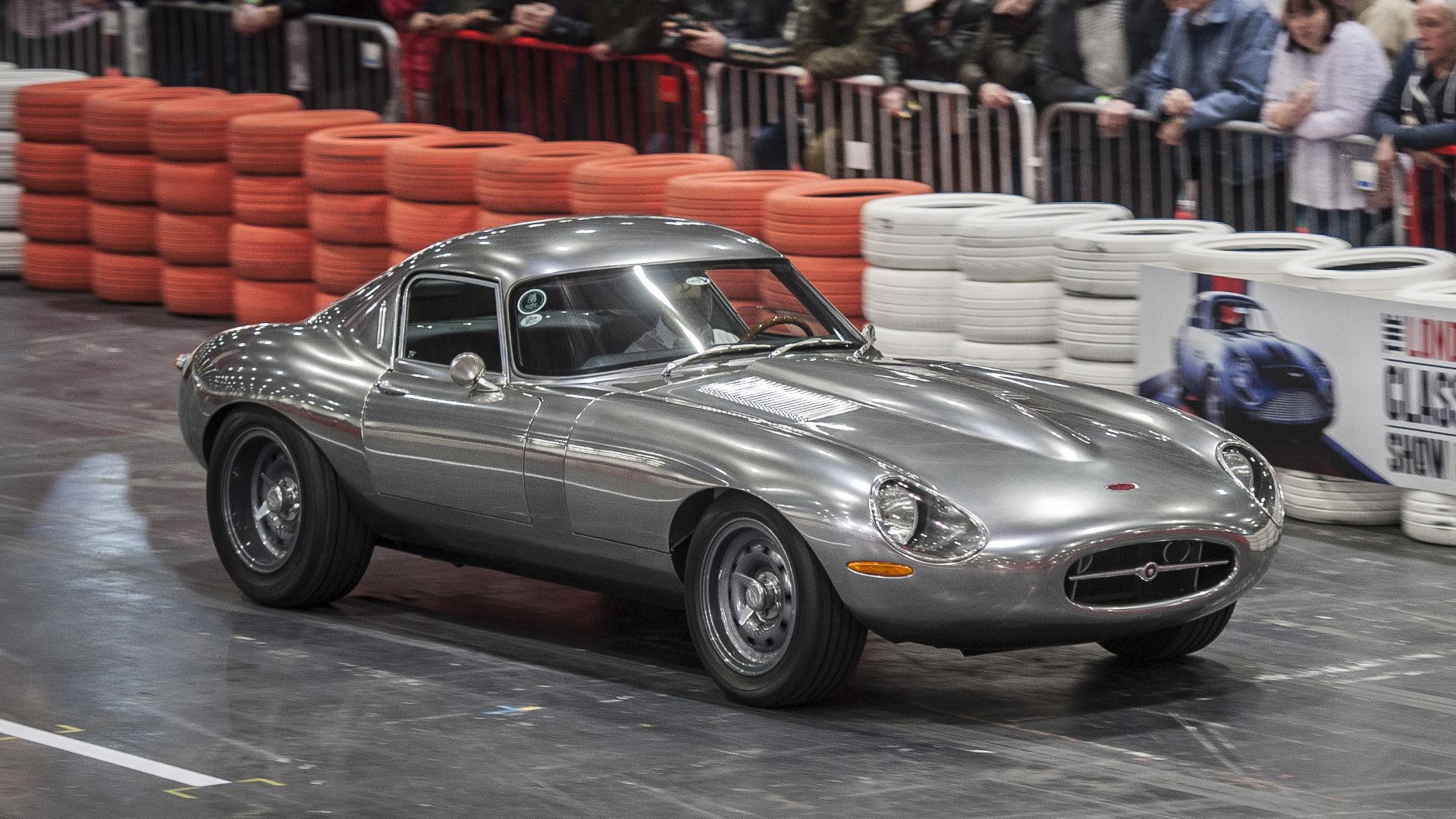The London Classic Car Show 2019 at ExCeL London - Fair & Show ...