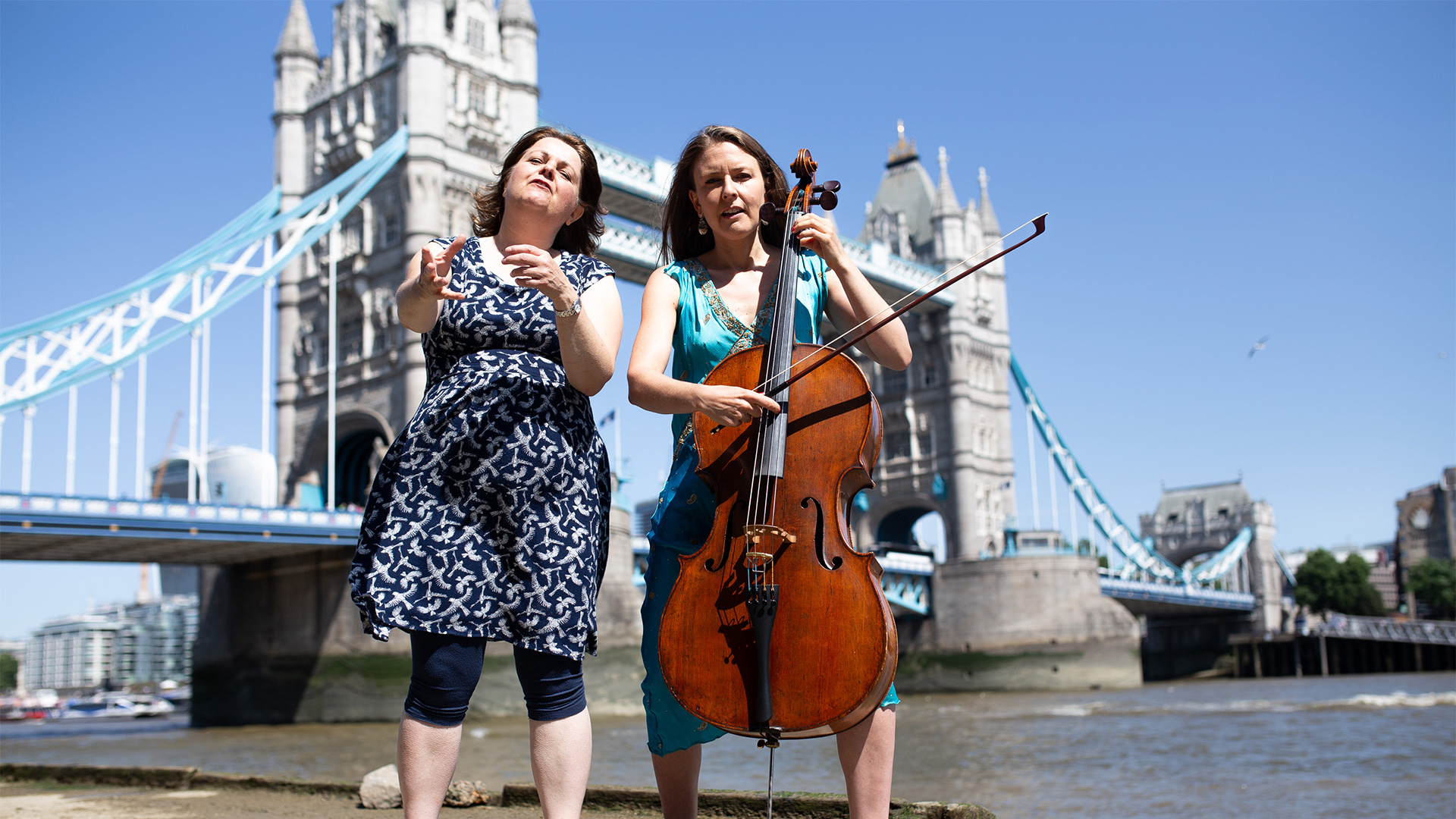 Sally Pomme Clayton and musician Emma Clare at Totally Thames 2018, Mother Danube. Photo: Ed Stone. Image courtesy of Chloe Nelkin Consulting.