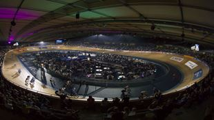 A picture of the Lee Valley VeloPark velodrome hosting Six Day London.