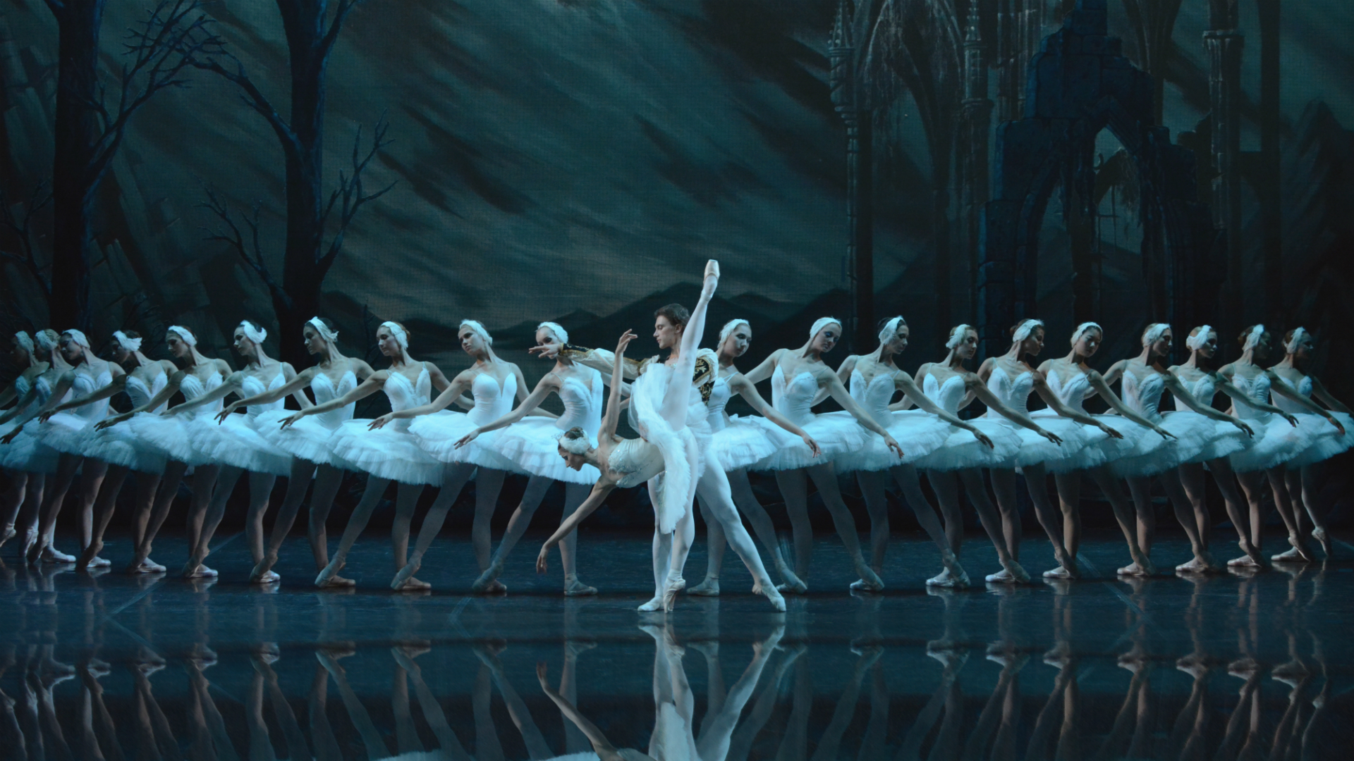 St Petersburg Ballet Theatre: Swan Lake at London Coliseum. Image courtesy of Target Live