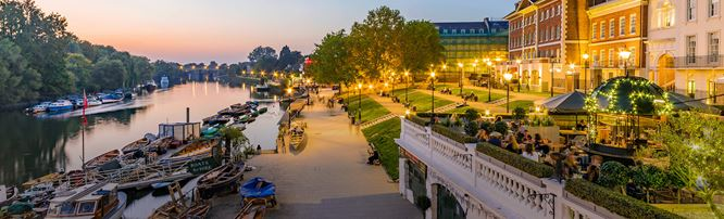 Evening view of Richmond's riverfront area. Image courtesy of Shuterstock