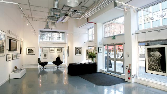 Getty images gallery gallery for Minimal art gallery london