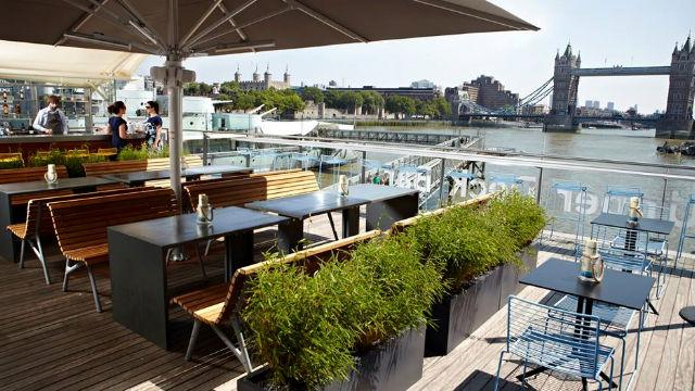 Upper Deck Bar Amp Cafe At Hms Belfast Caf 233 Visitlondon Com