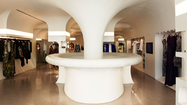Alexander Mcqueen Clothes Designer Visitlondon Com