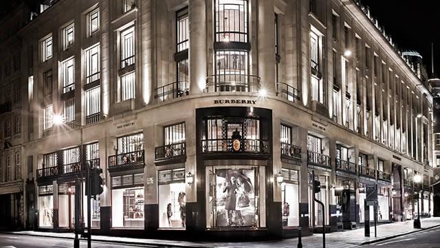 World Shop Fashion Burberry Store Flagship 3R5q4AjcL