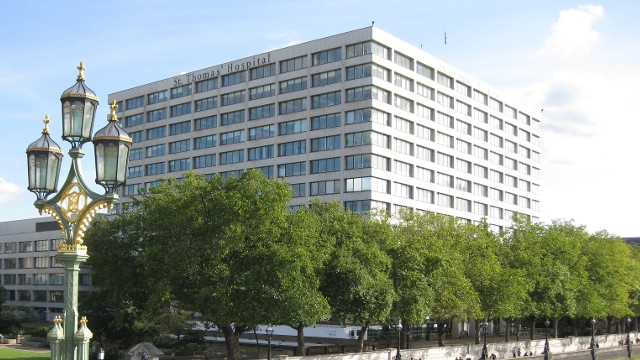 Hotels Near Royal London Hospital