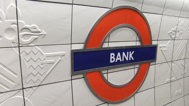 london bank tube station