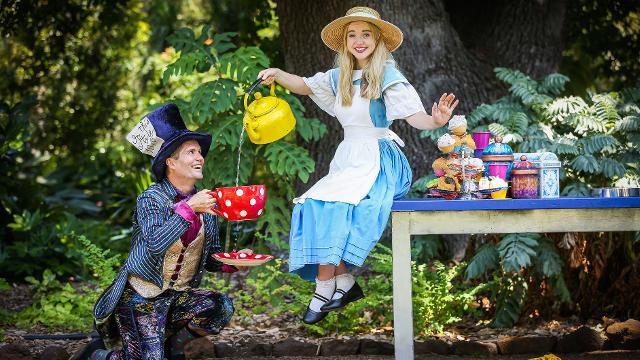 Alice in Wonderland at Royal Botanic Gardens, Kew