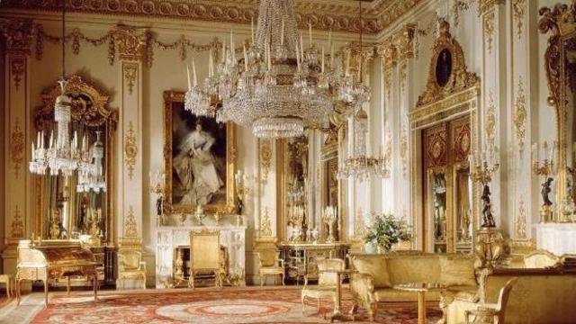 Buckingham Palace tour: summer opening