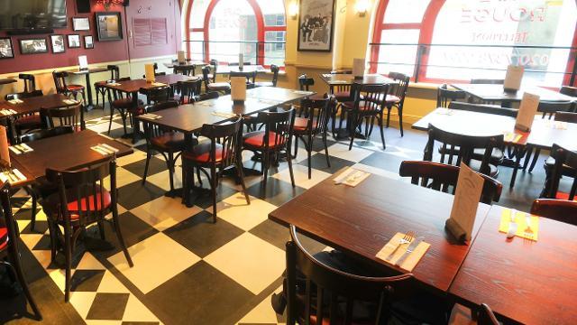 London Bridge Hays Galleria Restaurants