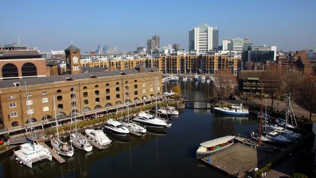 Hotels Near St Katherines Dock