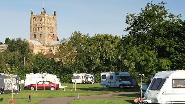 58bbeccc3a2289 Abbey Wood Caravan Club Site - Caravan  amp  Campsite - visitlondon.com