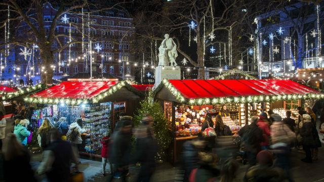 Art Events Calendar London : Christmas in leicester square visitlondon