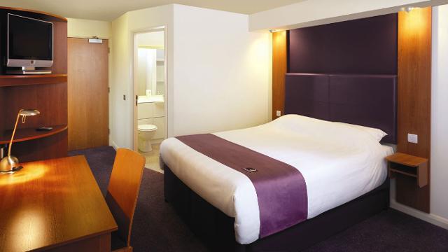 Premier inn london county hall hotel for Premier inn family room