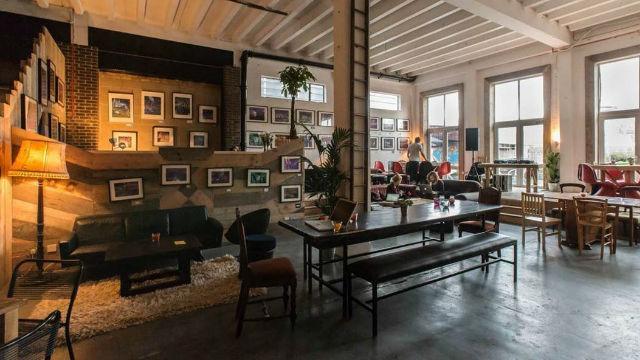 Number 90 Bar And Kitchen Cafe Visitlondon Com