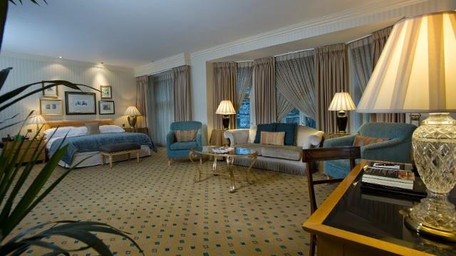 Rooms: The Landmark London