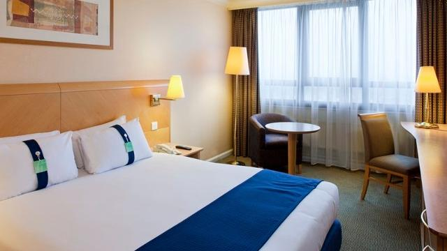 Afbeeldingsresultaat voor Holiday Inn London West