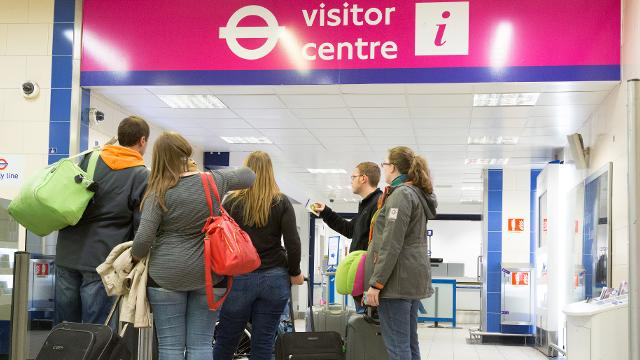 Heathrow airport visitor centre tourist information - Kings cross ticket office opening times ...