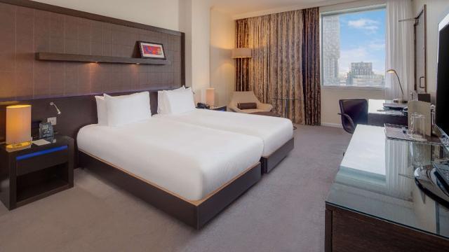 Hilton London Canary Wharf Hotel Visitlondon Com