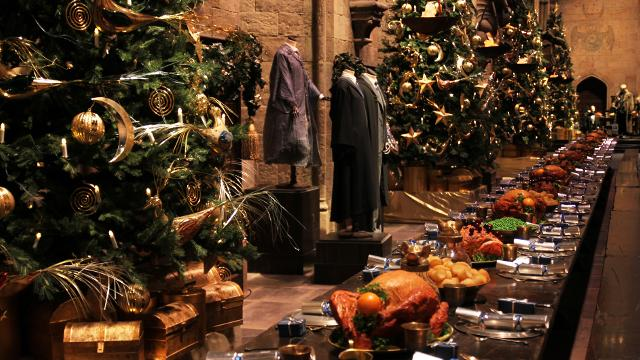 Christmas Harry Potter.Hogwarts In The Snow Christmas Visitlondon Com