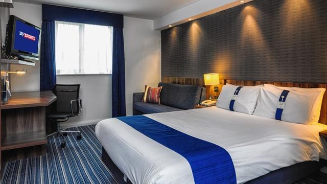 Holiday Inn Express Gatwick Crawley Hotel Visitlondon Com