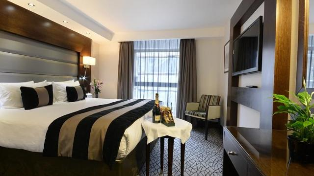 London Show And Hotel Cheap
