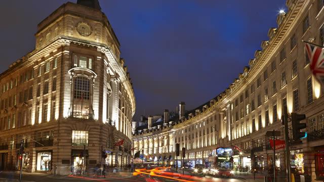 Regent Street Shopping Area Visitlondon Com