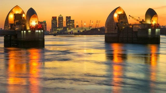 Thames River Services River Tour Visitlondon Com